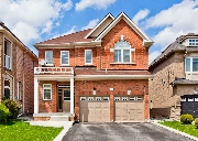36 Ravel Dr Thornhill, ON